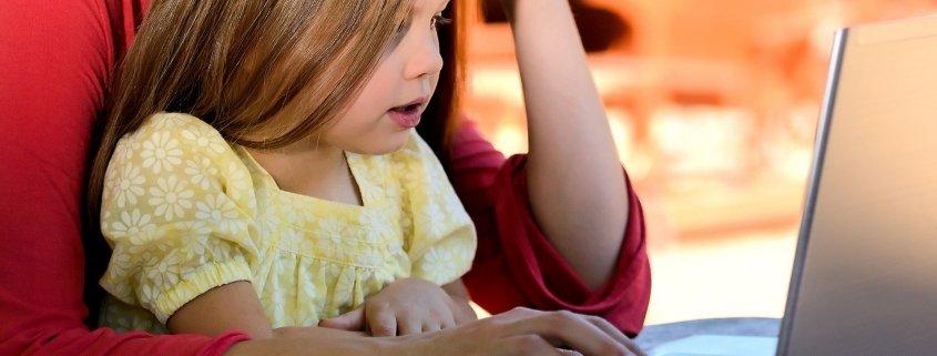 3 règles simples pour assurer la sécurité en ligne de votre enfant de 3 à 7 ans - Tuteur CPS