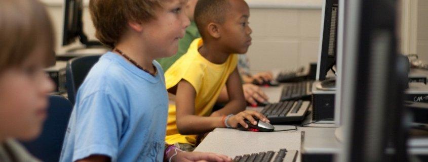 Élèves et informations en ligne : les capacités de réflexion critique - Tuteur CPS