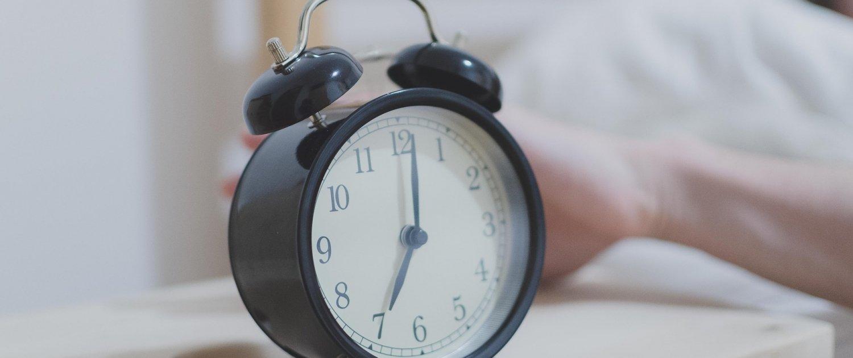 Commencer l'école trop tôt le matin affecte les adolescents - Tuteur CPS